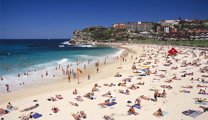 Sydney's beaches are not the only attraction for U.S students looking to study at Macquarie [Photo: Tourism Australia]